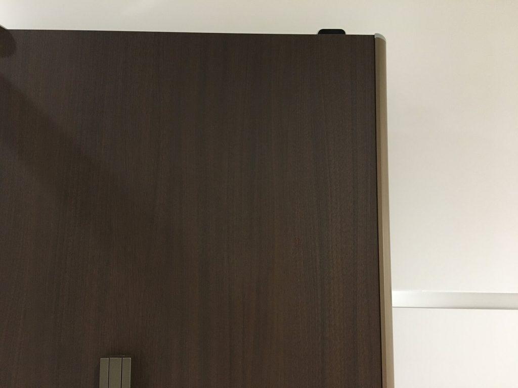 ドアの穴補修