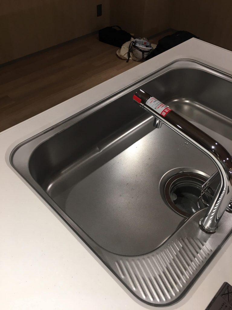 キッチンシンク凸傷修理