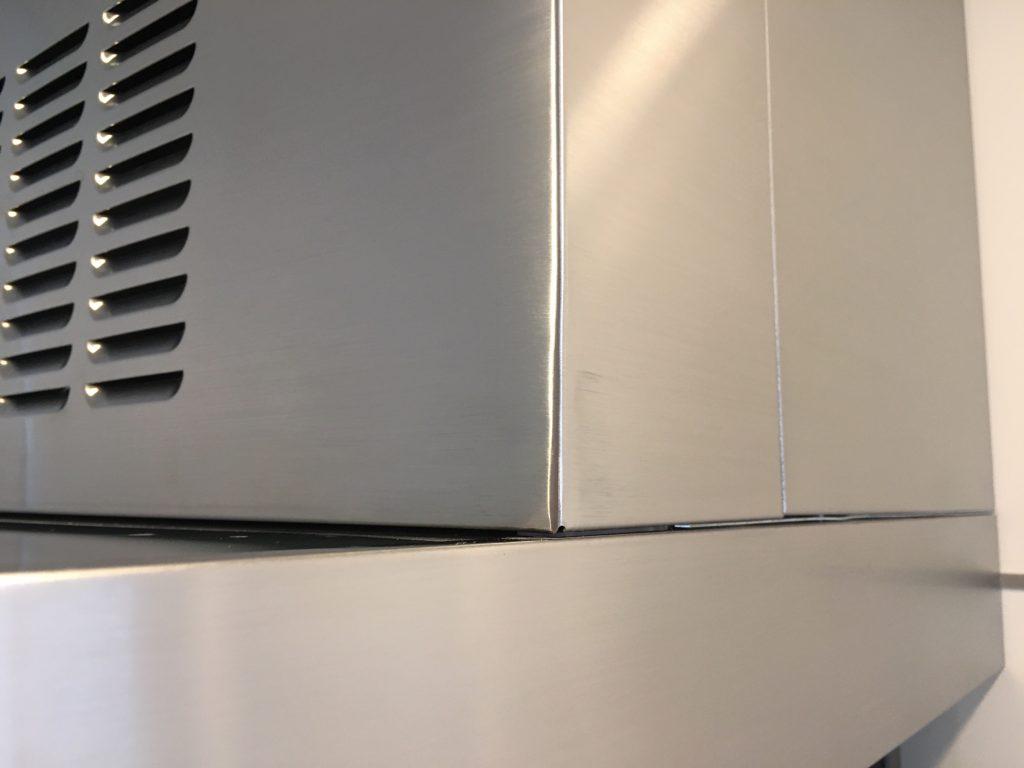 レンジフード幕板角の潰れ修理