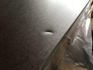 ステンレスキッチン天板の凹み修理