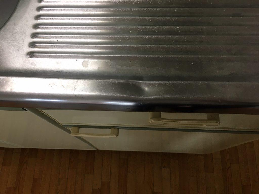 ステンレスキッチン天板のへこみ修理