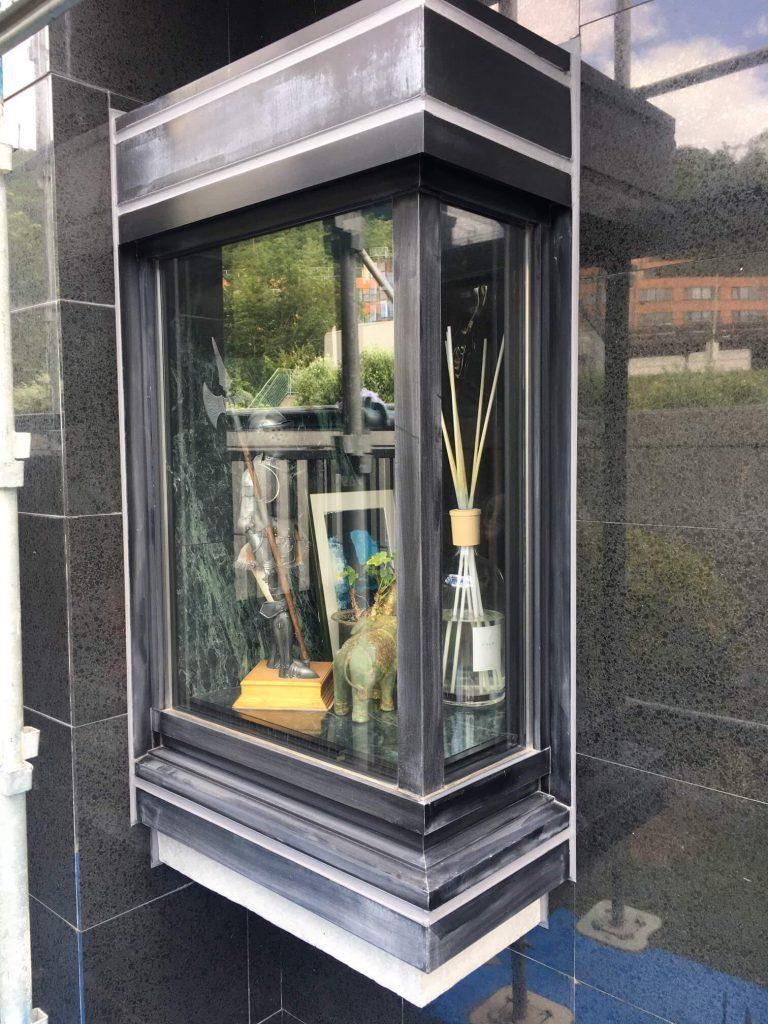 アルミ出窓サッシの塗り替え